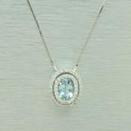 Vintage Ladies 14K White Gold Diamond Aqua 1.00CTW Oval Pendant Chain Necklace