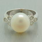 Classic Fine Estate 14k White Gold Saltwater Cultured Button Pearl Diamond Right Hand Ring