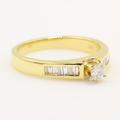 Vintage Classic Estate 14K Yellow Gold Diamond Elegant Ladies Engagement Ring