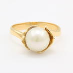 Classic Vintage Ladies 14K Yellow Gold Pearl Nature Motif Right Hand Ring