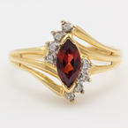 NEW Classic Ladies 14kt Yellow Gold Garnet Diamond Birthstone Right Hand Ring