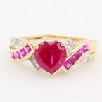 Modern Estate Ladies 10K Yellow Gold Heart Spinel and Diamond Right Hand Ring Jewelry