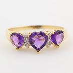Splendid Vintage Ladies 14K Yellow Gold Heart Amethyst Diamond Ring Jewelry