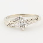 Modern Estate 10K White Gold Diamond Heart Promise Right Hand Ring