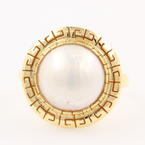 Classic Estate 14K Yellow Gold Mabe Cultured Pearl Greek Key Right Hand Ring