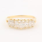 Classic Estate 14K Yellow Gold Marquise Diamond 0.96CTW Right Hand Pyramid Ring