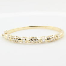 Estate Vintage Retro 14K Yellow Gold Diamond 2.25CTW Statement Bangle