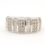 Modern Ladies 10K White Gold Diamond 1.00CTW Anniversary Ring Band Jewelry