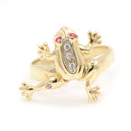 Modern 14K Yellow Gold 3D Moving Frog Cocktail Ring