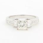 Exquisite Ladies 18K White Gold Princess Cut 1.55CTW  Diamond Engagement Ring Jewelry