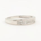 Modern Estate 14K White Gold Princess Cut Diamond 0.25CTW Anniversary Ring Band