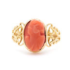 Vintage Estate Ladies 10K Yellow Gold Cameo Coral Ornate Right Hand Ring