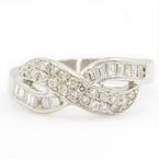 Fine Ladies 14K White Gold Baguette & Round Diamond 0.60CTW Right Hand Ring