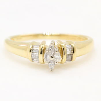 Modern Estate 14K Yellow Gold Marquise Cut 0.25CTW Diamond Engagement Right Hand Ring