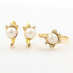 Vintage Estate Classic 14K Yellow Gold Cultured Pearl Diamond Two Piece Set Ring Earrings