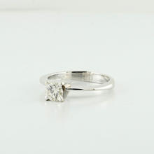 Amazing White Gold 14K Wedding Engagment Solotaire VS1 E Color Tapper Ring