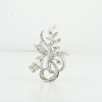 Delightful 14K White Gold Round Diamond Encrusted Flower Brooch