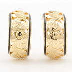 Classic Estate Ladies 14K Yellow Gold Huggie Ornate Flower Cut Out Hoop Earrings