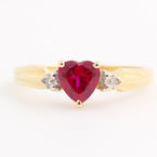 Estate Ladies 10K Yellow Gold Heart Spinel and Diamond Right Hand Ring Jewelry