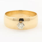 Classic Ladies 14K Yellow Gold Diamond Solitaire Engagement Ring