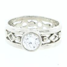 Estate Ladies 925 Silver White Colorless Round Zirconia Ring Size 7 1/2