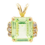 Estate Ladies 10K Yellow Gold Lime Green Spinel Gemstone Diamond Pendant