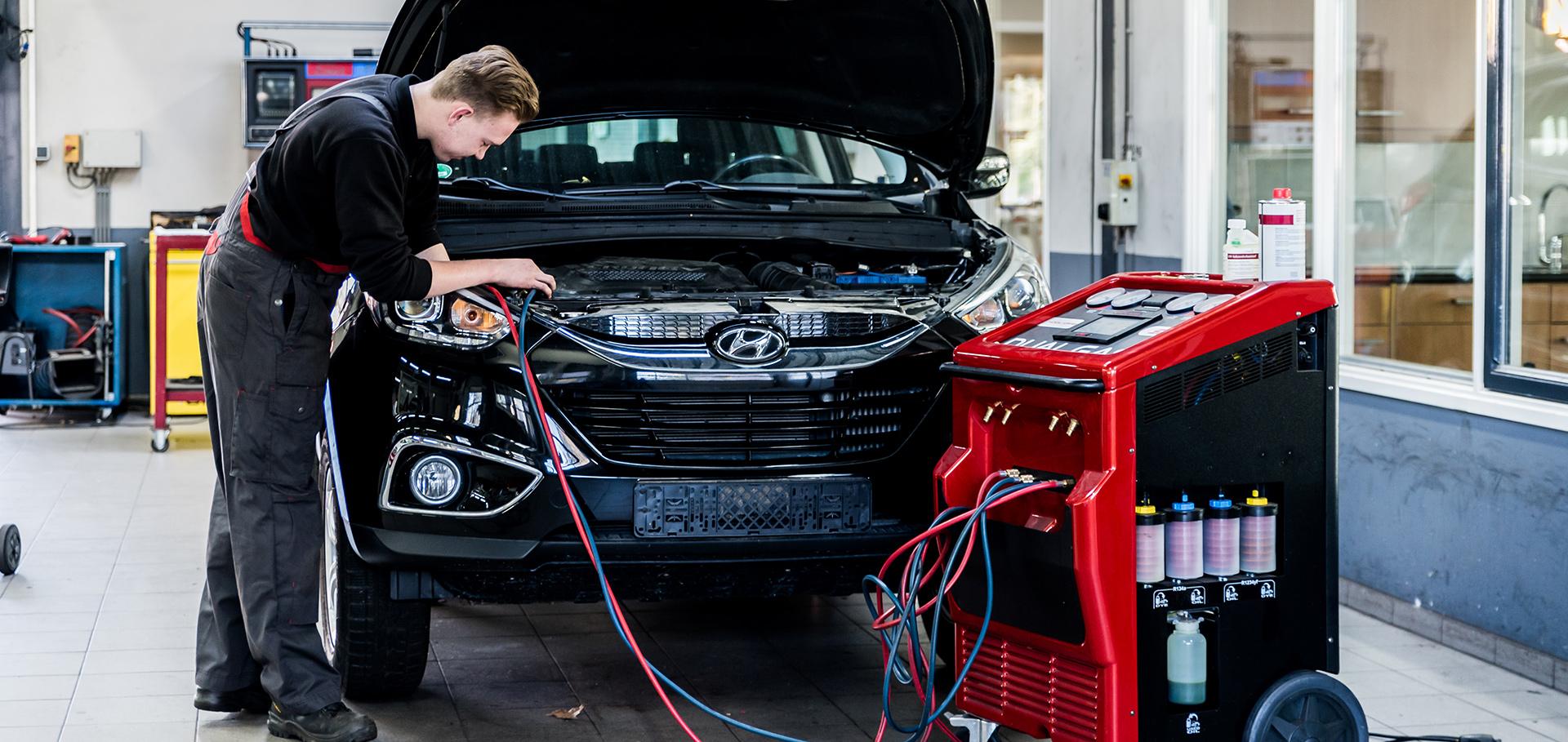 Airco onderhoud Autobedrijf John Klein Gunnewiek