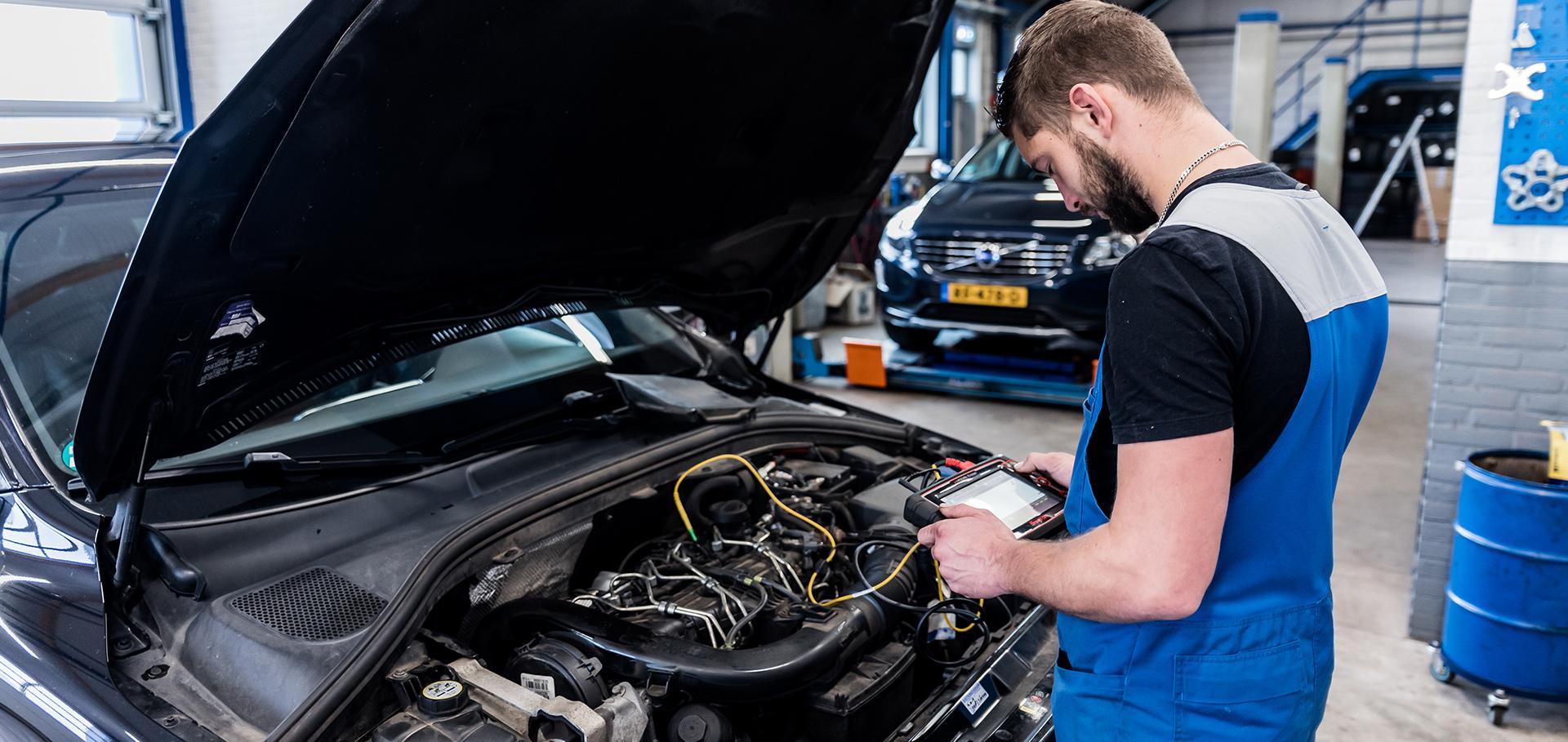 Volvo storing uitlezen Autobedrijf Brouwer Rogat