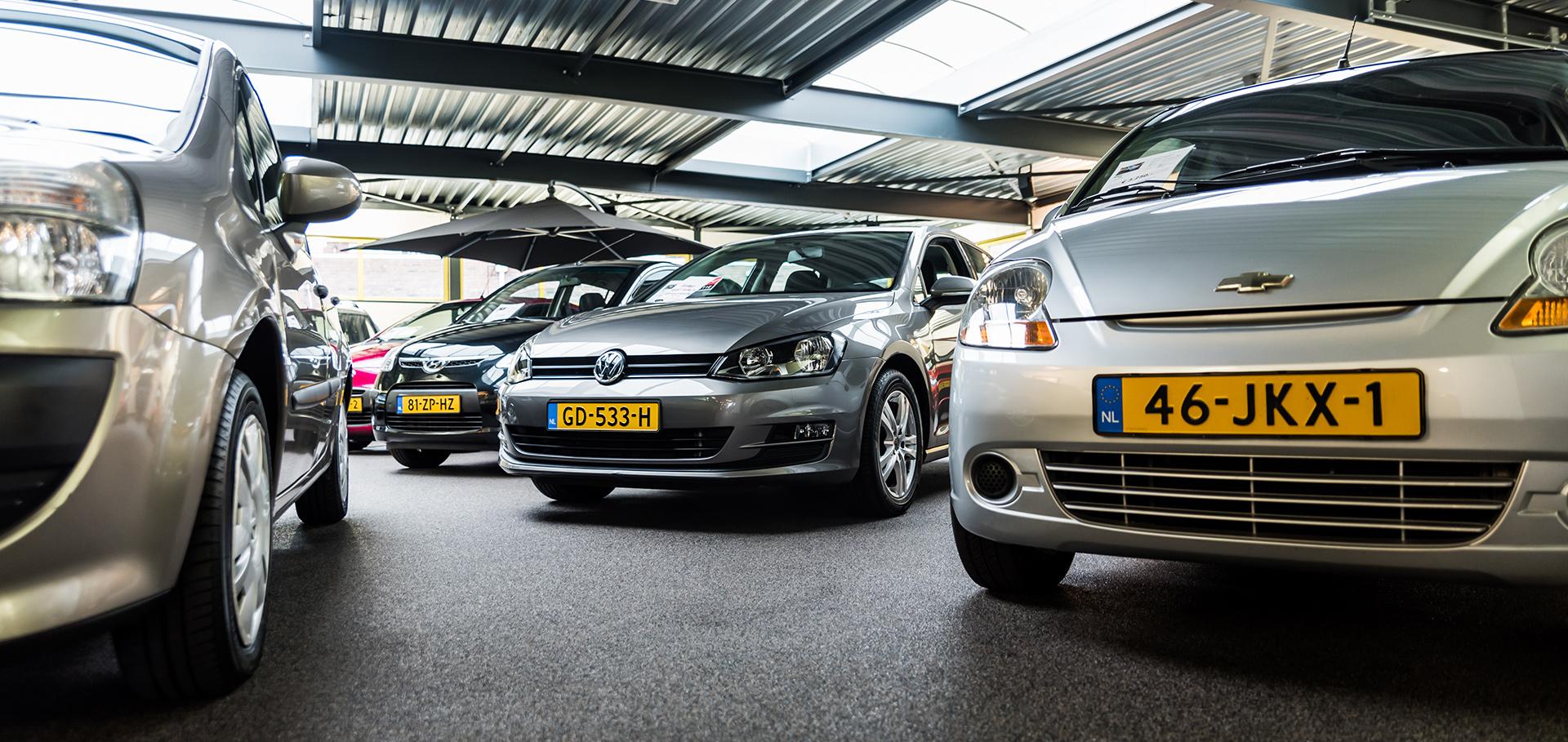 Showroom Van Kuringe Auto's