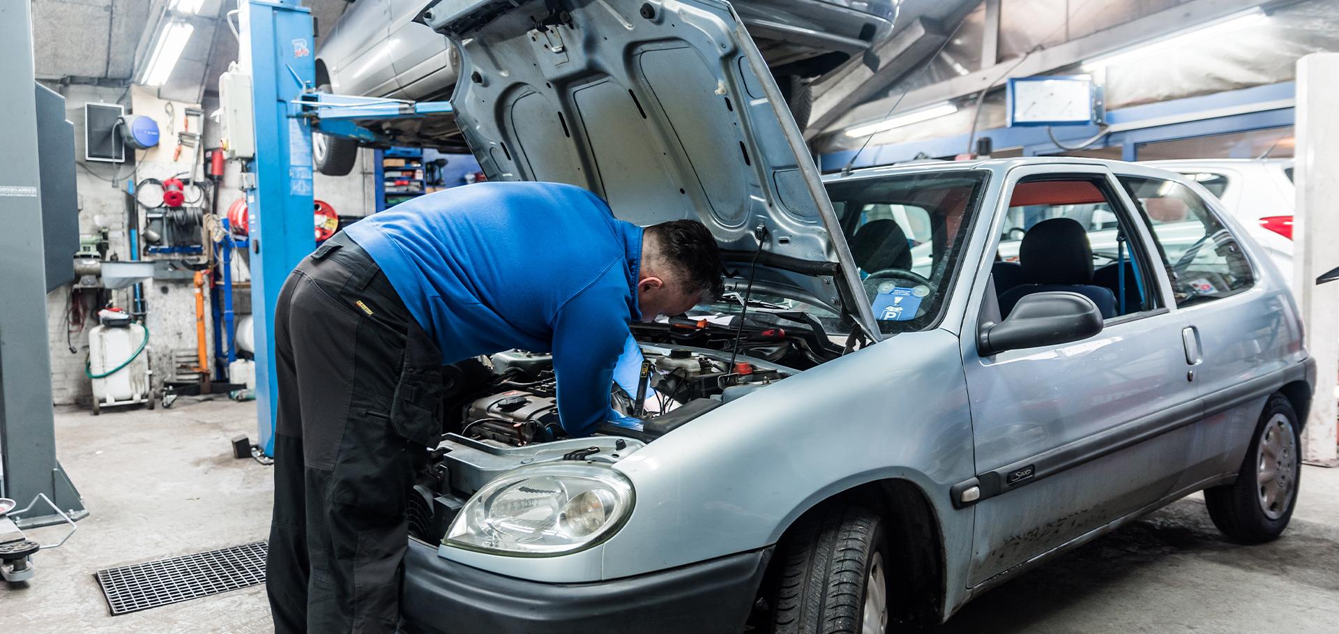 Onderhoudsbeurt Autobedrijf Langens