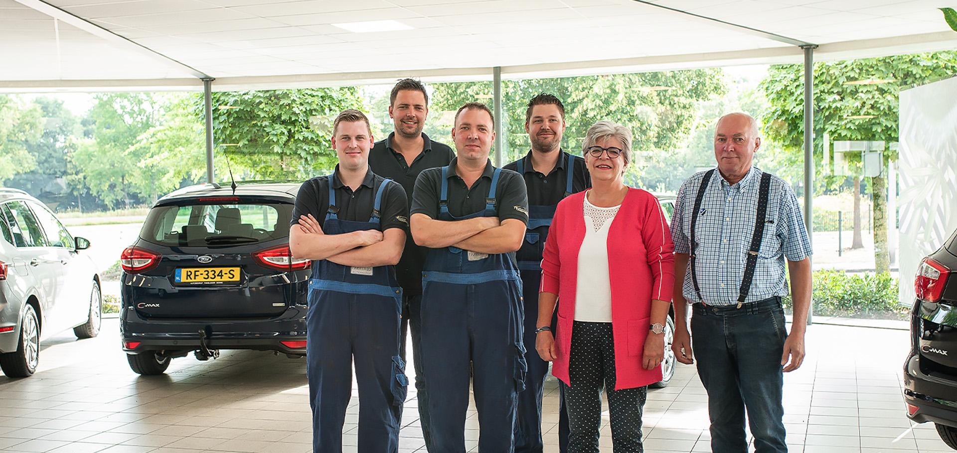 Het team van Autobedrijf Tinselboer in Borne