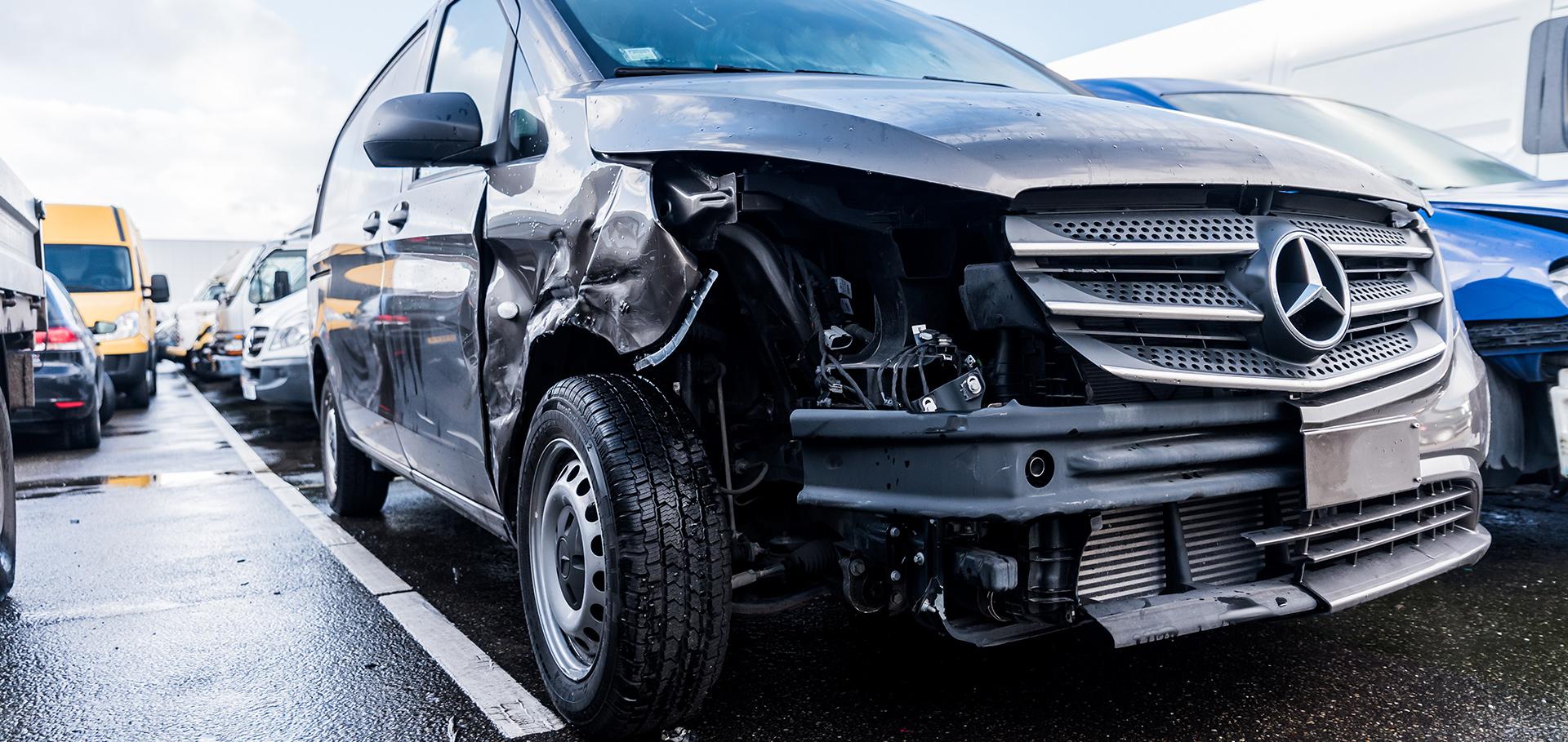 Schadeherstel Auto Rens