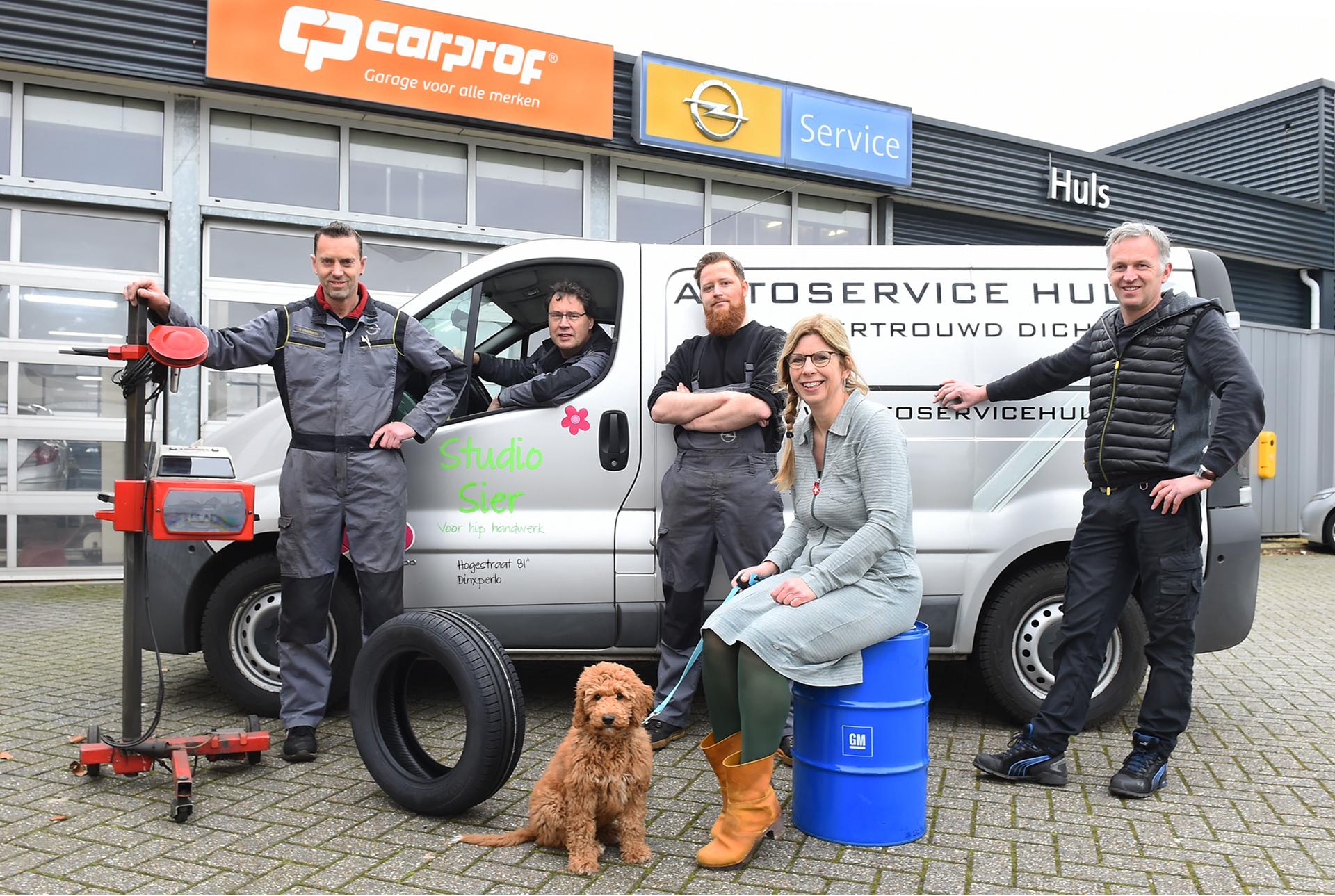 Het team van autoservice Huls