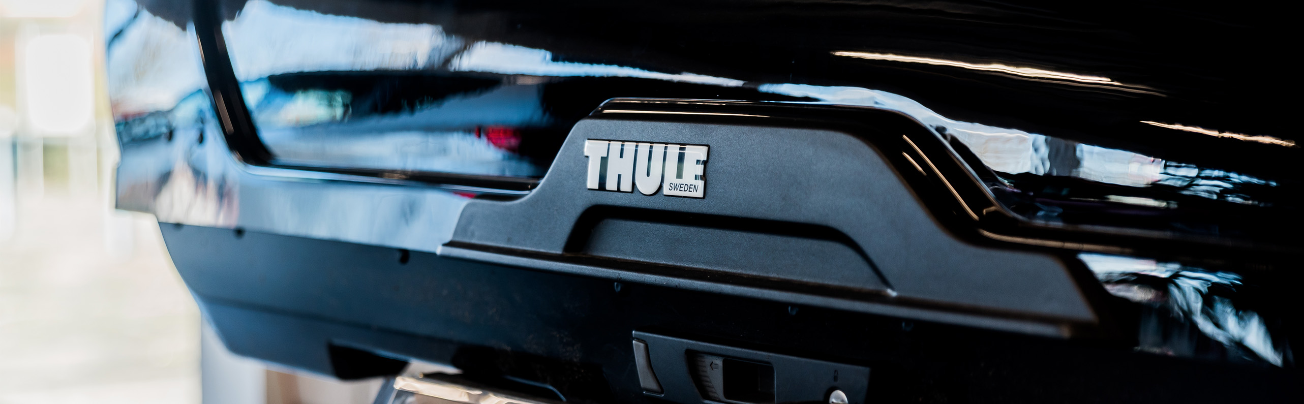 Dakkoffer monteren Kees Roks autobedrijf Roosendaal