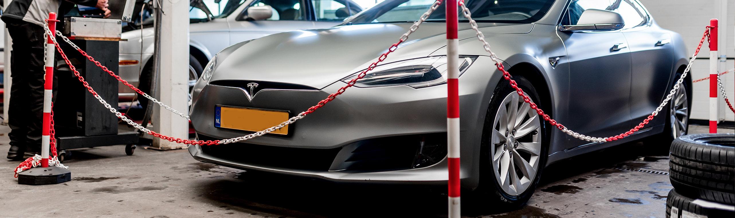 Onderhoud aan elektrische auto's bij autobedrijf Jan Dodemont