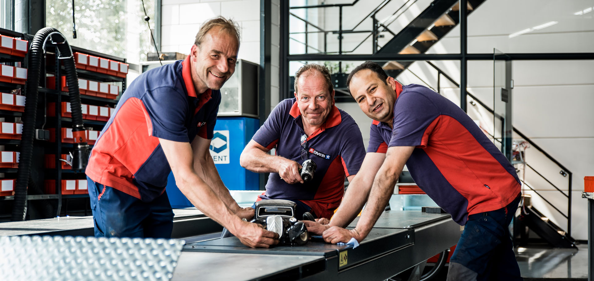 Het Team van autobedrijf Civer