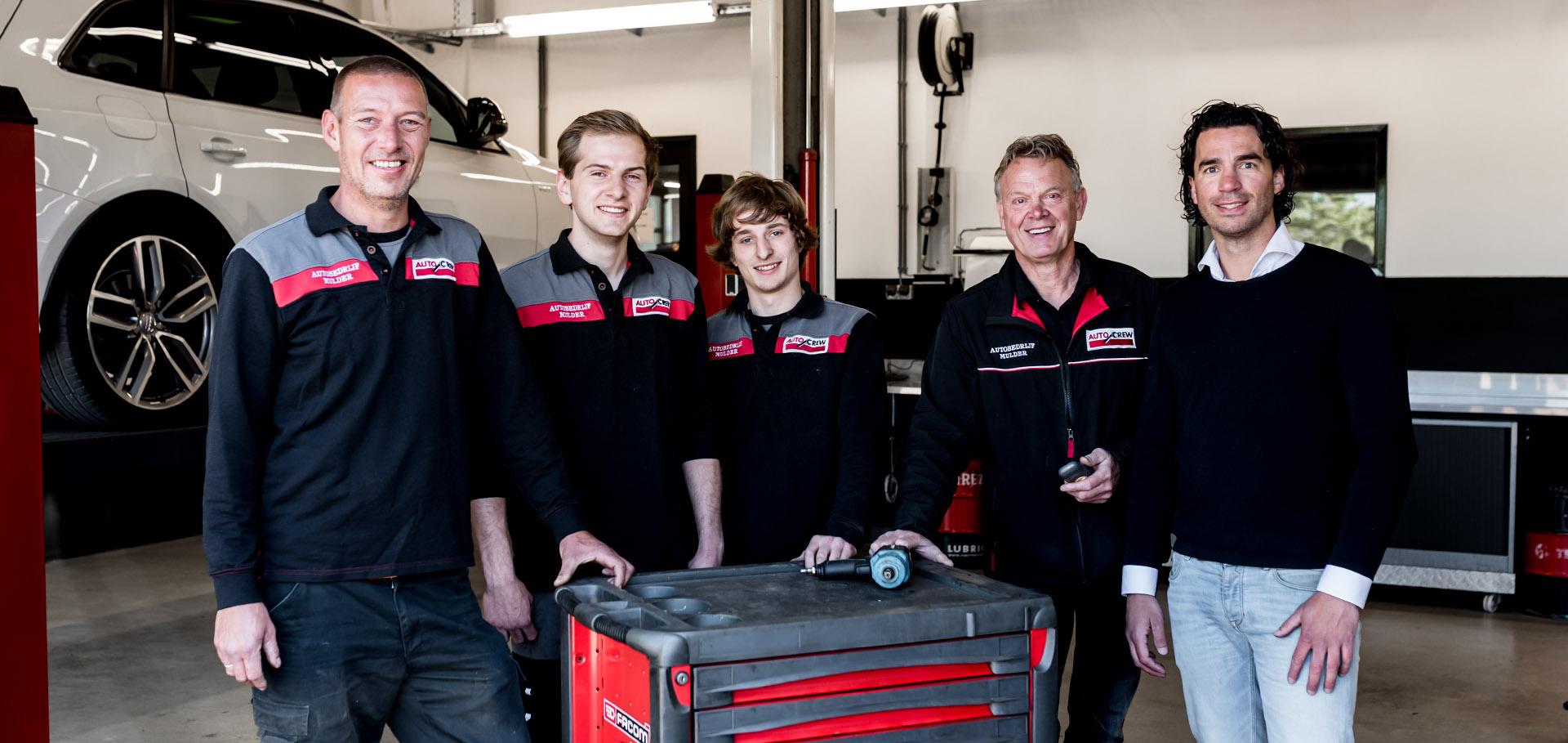 Het team van autobedrijf Mulder