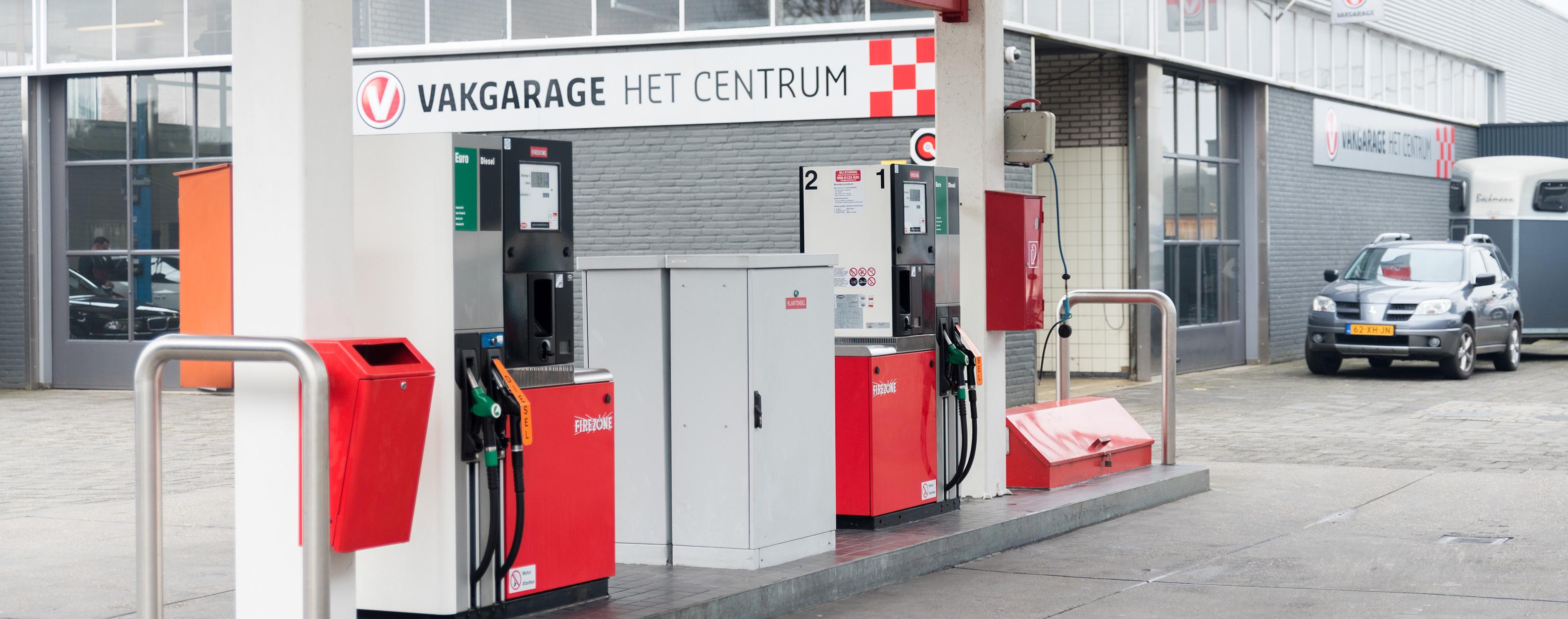 Het tankstation van Autobedrijf het Centrum