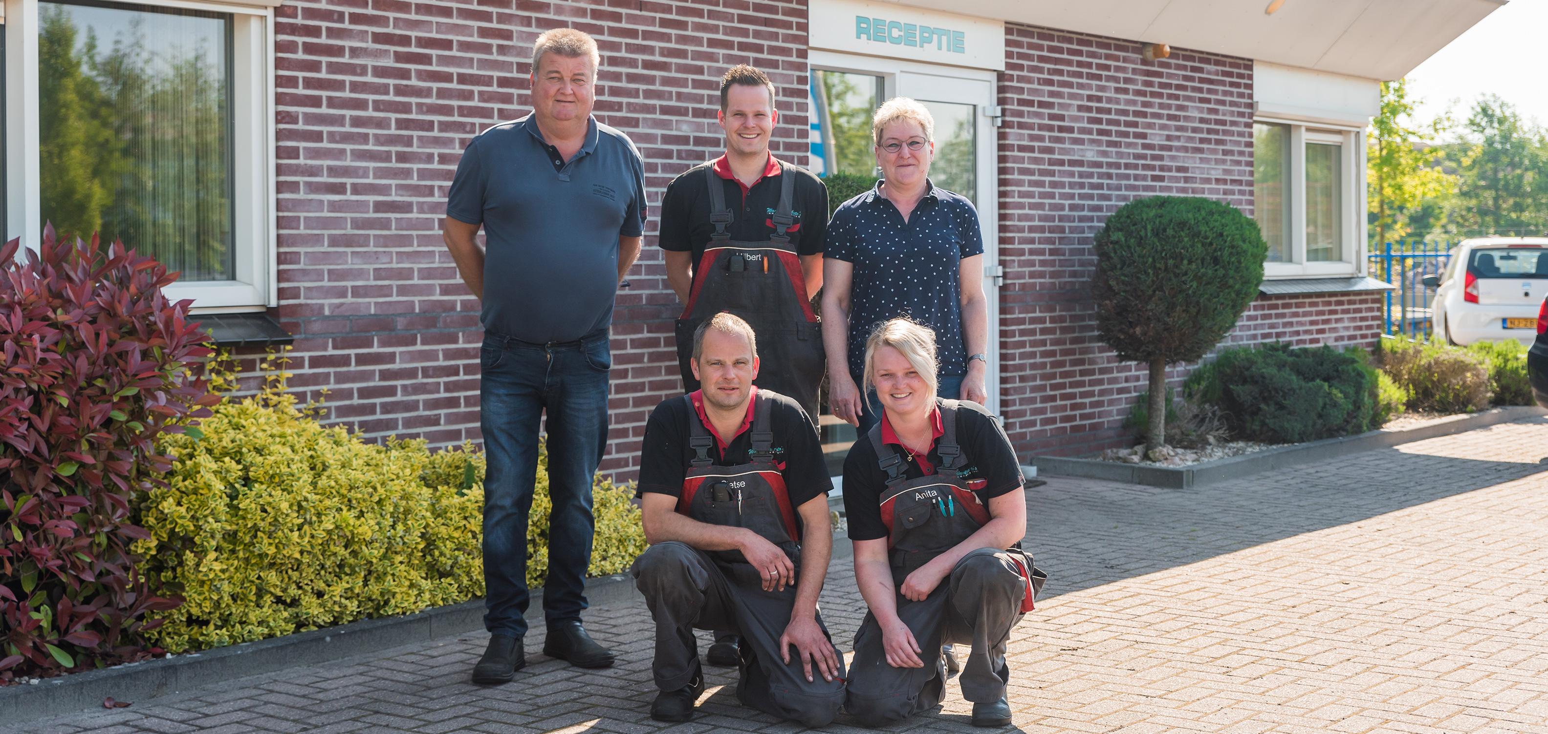 Het team van Auto Waaksma