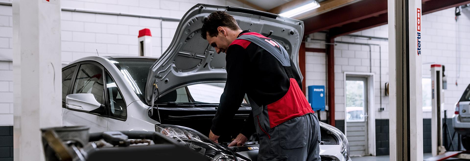 Onderhoud auto Baak autobedrijf Robert Wisselink