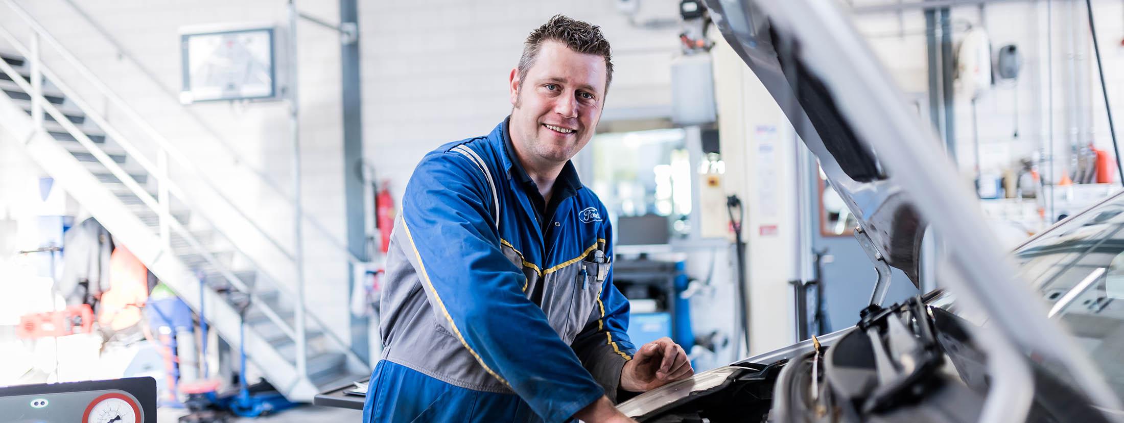 APK keuring autobedrijf van Leussen