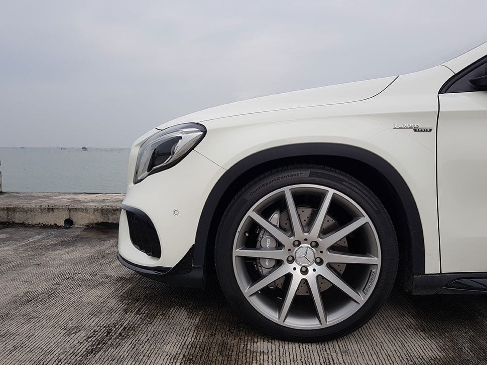 Mercedes-AMG GLA45 4MATIC