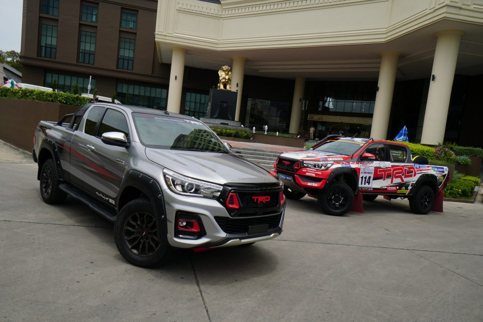 Toyota Hilux Black Rally Edition