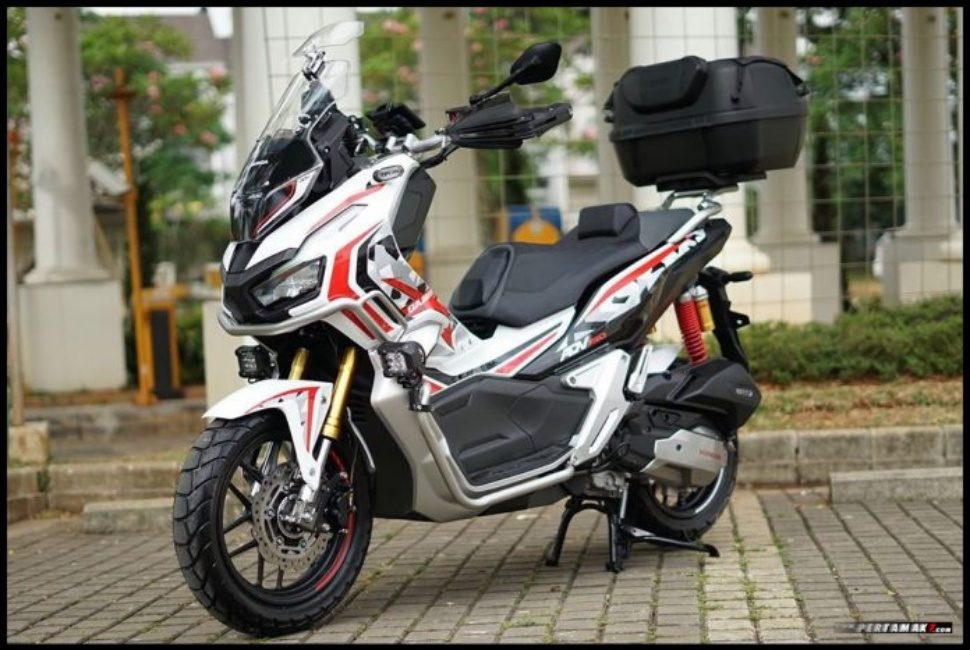 Honda ADV 150 Advance Explorer