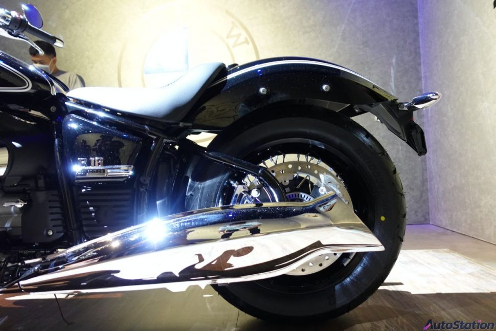 BMW R18 First Edition