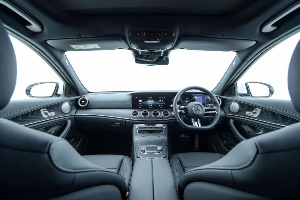 Mercedes-Benz E 330e AMG Dynamic