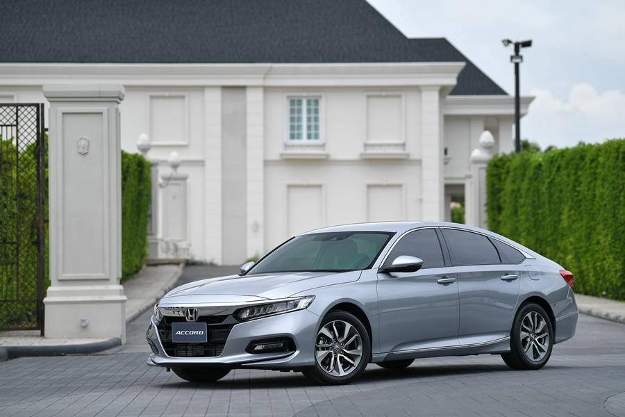 Review Honda Accord 2021