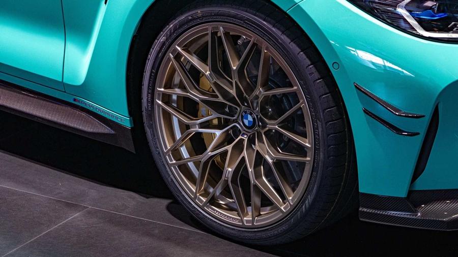 BMW M4 Mint Green Paint