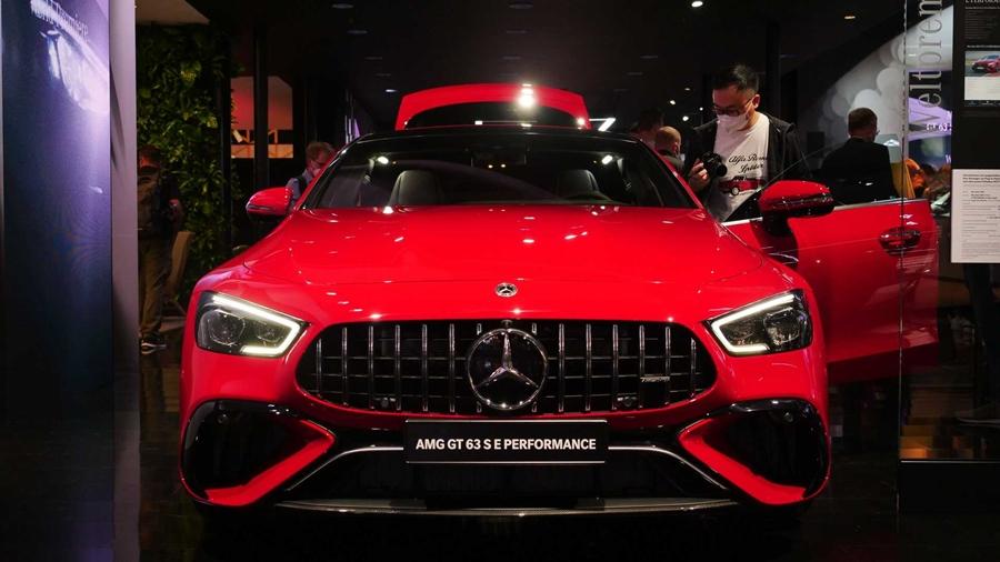 Mercedes Benz EV 2021