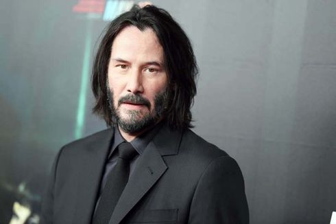 """Keanu Reeves has become a viral sensation yet again after appearing on """"The Late Show"""" and answering host Stephen Colbert's question about what happens to people after they die. The question was initially met with laughter by """"The Late Show"""" audience, but it was the """"John Wick"""" actor's simple response that left the crowd and viewers at home feeling emotional.  """"I know the ones who love us will miss us,"""" Reeves said.  As the audience clapped and said """"awww,"""" Colbert, momentarily speechless, leaned over and shook the star's hand.   Reeves has overcome tragedy at multiple points throughout his career. The same year """"The Matrix"""" became a global phenomenon and turned Reeves into an acting superstar, the actor and his girlfriend, Jennifer Syme, lost their baby girl in a stillborn birth. Syme died less than two years later in a tragic car accident in Los Angeles. Reeves was gearing up for """"The Matrix"""" sequels at the time of Syme's death and took a step back from the public spotlight to grieve privately.  The actor's comment on """"The Late Show"""" has amassed over five million views and counting on Twitter alone in two days. Reeves was speaking to Colbert to promote his latest action vehicle, """"John Wick: Chapter 3 – Parabellum.""""  The fan favorite action franchise is hitting the summer movie season for the first time, proving its bonafides as a studio tentpole. Reeves has been playing the John Wick character since the original film in 2014, and he's not ruling out a fourth go-around.  """"Yeah, knock on wood. Fingers crossed,"""" Reeves told Uproxx earlier this month. """"For me it would just be depending on the story and who's the director. I love the role, so I'd love to play it.""""  Reviews for """"John Wick: Chapter 3 – Parabellum"""" have been universally strong. IndieWire's senior film critic David Ehrlich called the movie a """"breathtakingly violent spectacle"""" in his B review. """"This is easily the best action franchise Hollywood has going these days outside of 'Mission: Impossible,'"""" he wrot"""